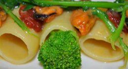 Pasta broccoli panna e pancetta un primo da gourmet